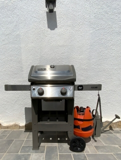Gas barbeque grill