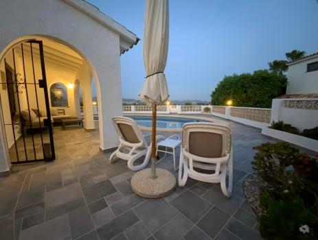 Pool terrace lights